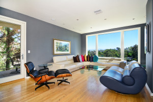 5084 Campo Rd, Woodland Hills - Living Room