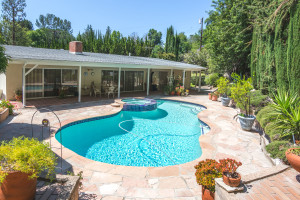 5559 El Canon Ave, Woodland Hills, The Lauras Real Estate Team, Rodeo Realty